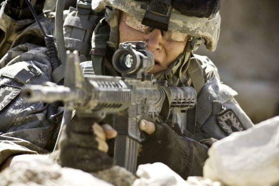 Sonu gelmez bir aşk: Hollywood & Pentagon