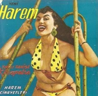 1954… Ve ünlü dansöz Nana sahnede soyundu.